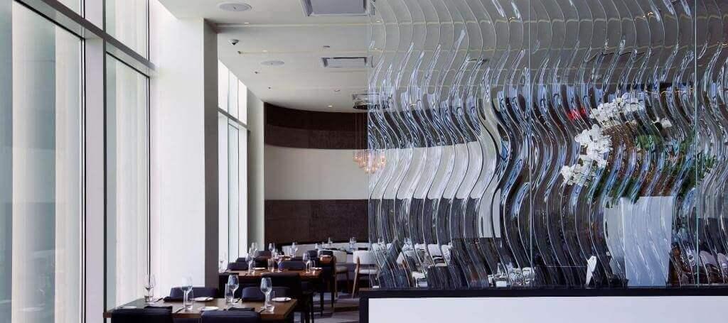dekorativnye-stekljannye-peregorodki-1