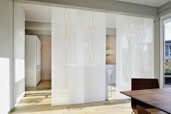 dekorativnye-stekljannye-peregorodki-7