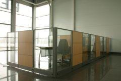 ofisnye-stekljannye-peregorodki-11