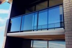 steklyannie-ograzhdeniya-dlya-balkona
