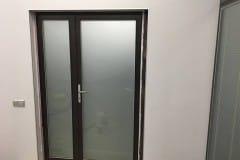 peregorodki-iz-stekla-v-ofise-na-nikolojamskom-4