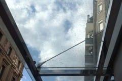 stekljannye-dveri-i-kozyrek-14