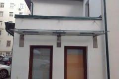 stekljannye-dveri-i-kozyrek-8