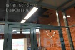 svetoprozrachnyj-tambur-v-ofise-3