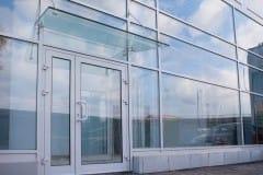 Vitrazhnoe-osteklenie-fasadov