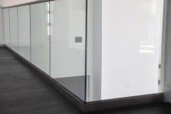 Hot-Sale-Indoor-Balcony-Terrace-Tempered-Glass
