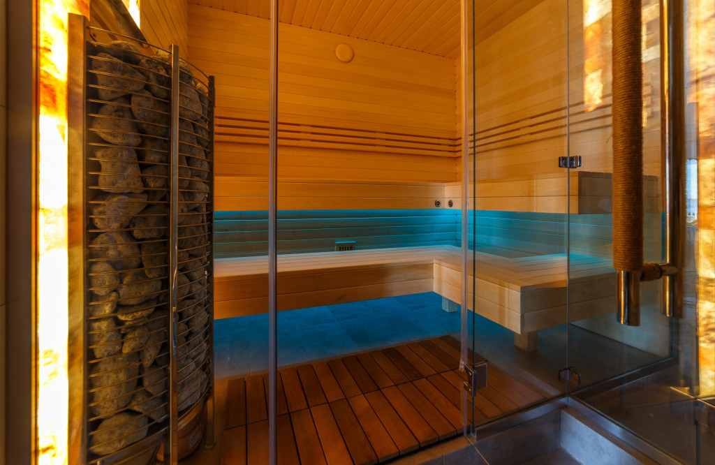 stekljannye-peregorodki-dlja-sauny-14