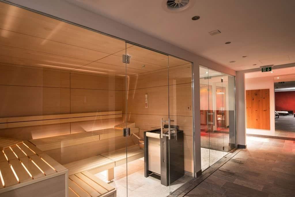 stekljannye-peregorodki-dlja-sauny-6