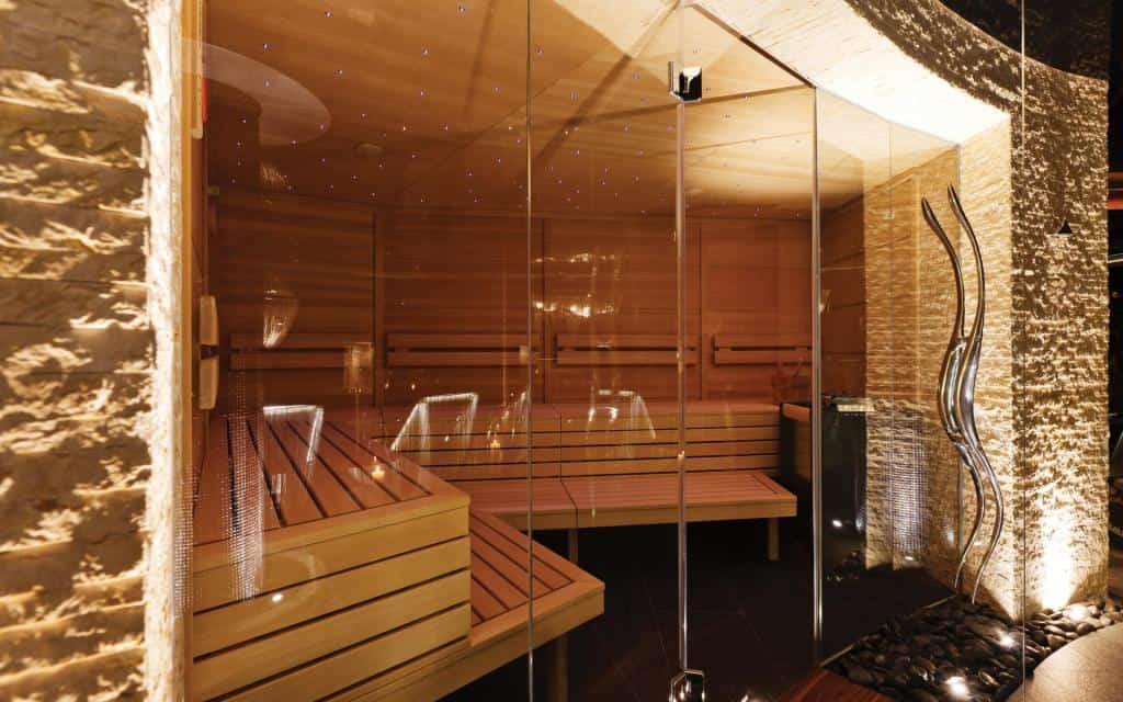 stekljannye-peregorodki-dlja-sauny-9