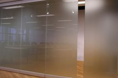 transformiruemye-stekljannye-peregorodki-11