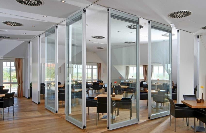 Перегородки для офисов и магазинов: виды, характеристики, преимущества