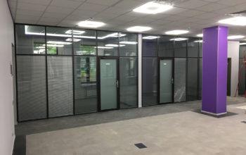 Перегородки из стекла в офисе на Николоямском